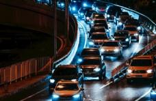 晚高峰时拥堵的北京二环路图片
