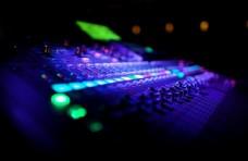 音乐混音设备图片