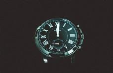 时间黑色手表图片
