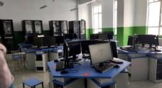 电脑机房图片