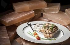 精致的西餐牛肉图片