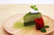 抹茶蛋糕甜品图片