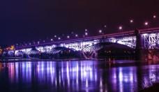 桥梁夜景彩虹桥图片