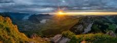 群山阳光天空云彩风景图片
