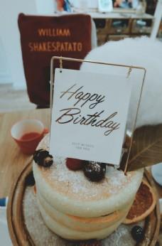 生日蛋糕ins风图片