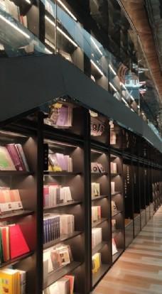 时尚书店图片