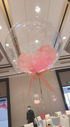 粉色透明气球图片
